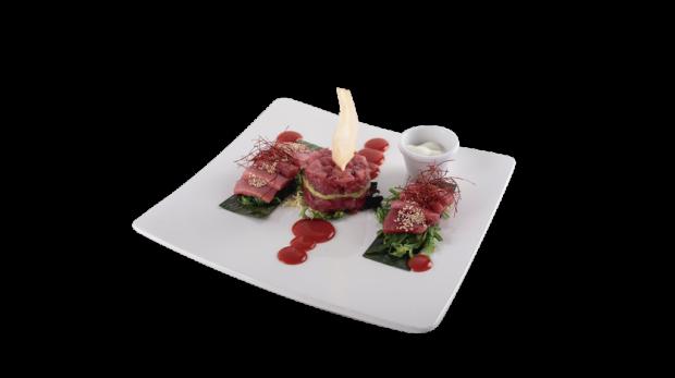 Tartar de atun rojo con descargamento y tarantelo